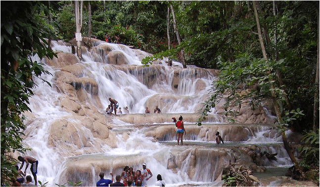 5 Good Reasons to visit Jamaica.